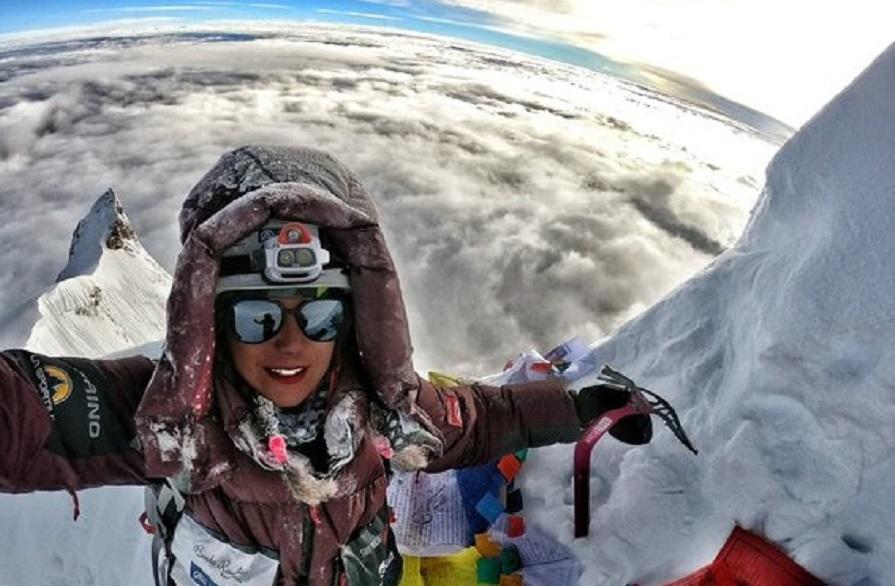 Stefi Troguet fa el cim del Manaslu i assoleix el seu segon vuit mil