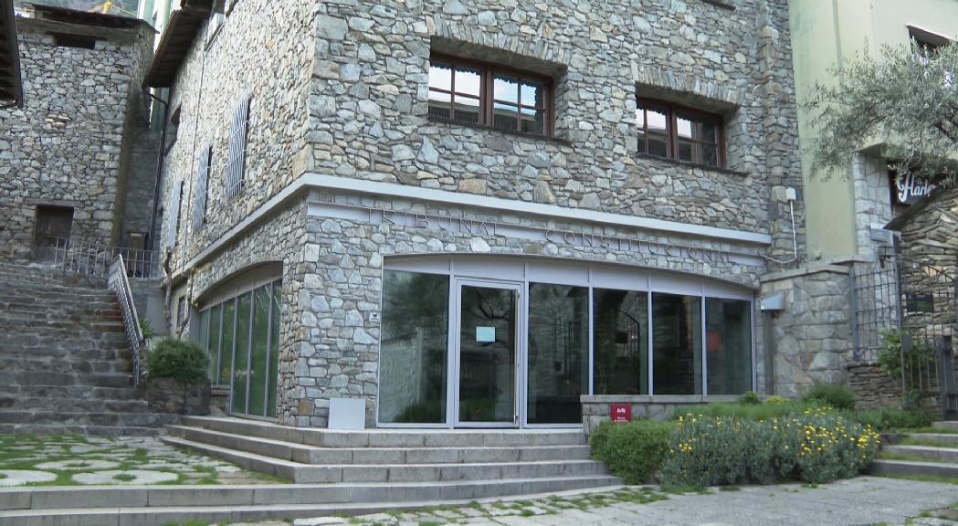 El TC torna a acceptar una demanda pel retard de 12 anys en la instrucció del cas Valora
