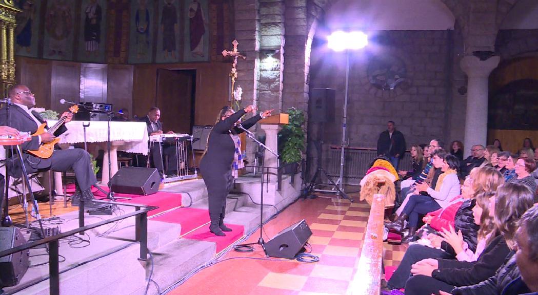 The Campbell Brothers actuen a la Nit Gòspel davant un públic entregat