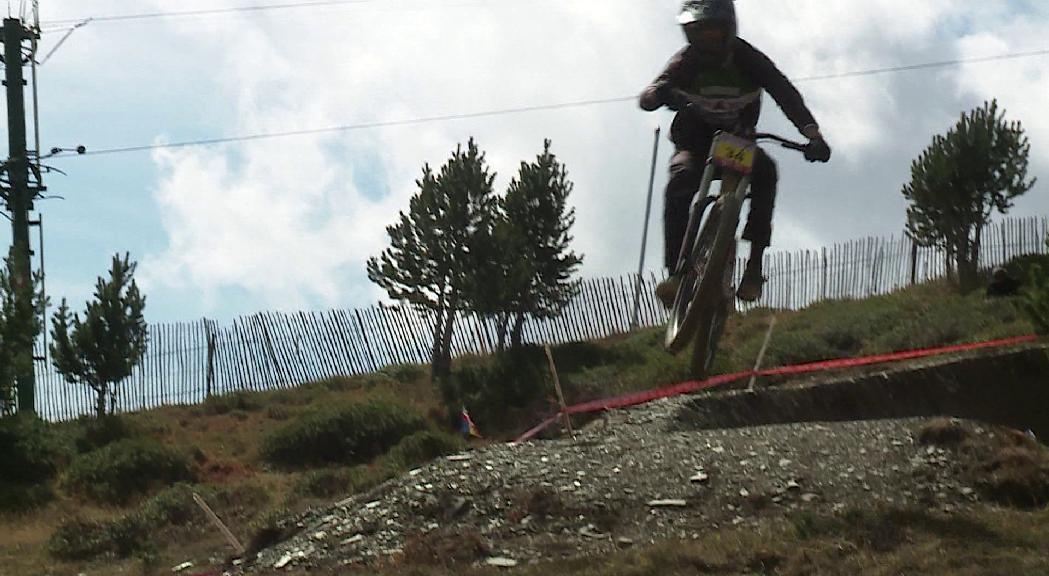 Un total de 150 riders participen en la Copa Catalana de descens BTT de Vallnord