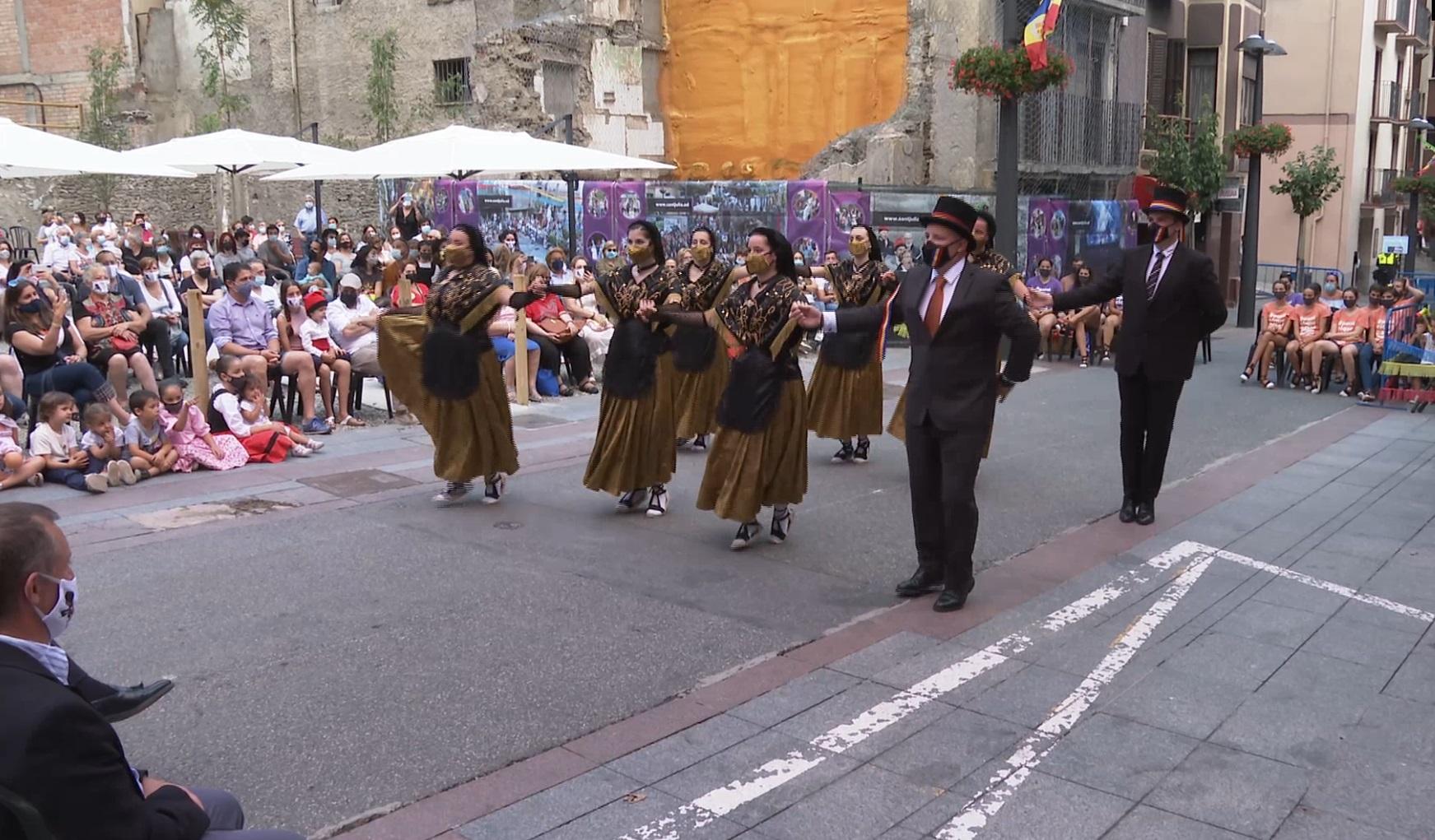 El tradicional ball de la Marratxa torna als carrers de Sant Julià per festa major