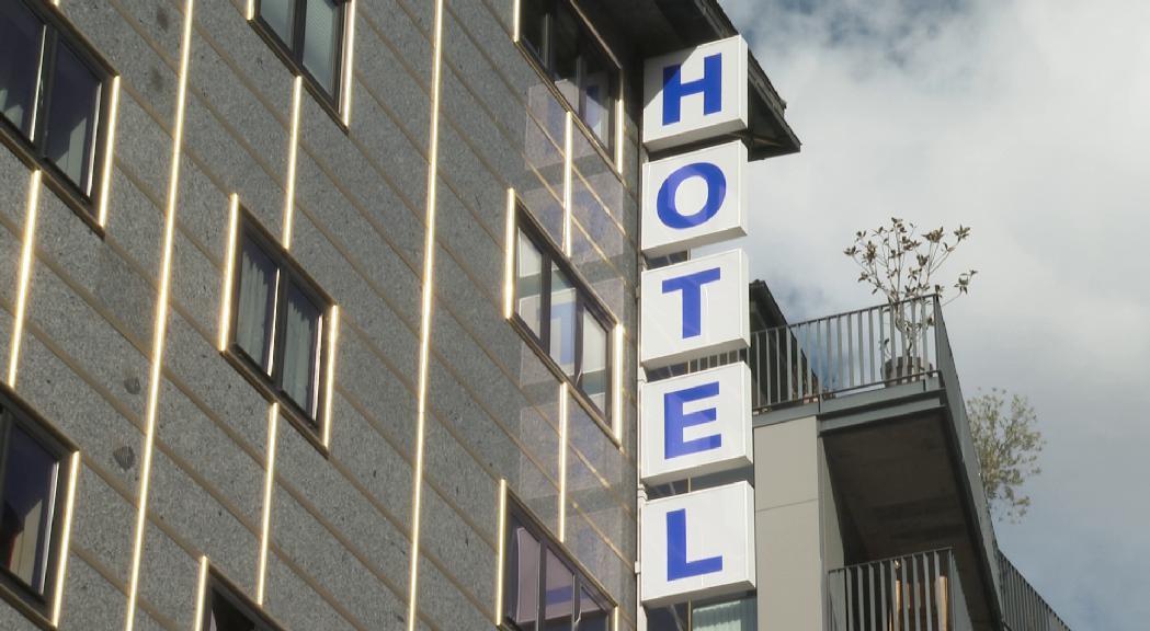 """La Unió Hotelera demana al Govern un """"gest"""" per haver acollit temporers"""