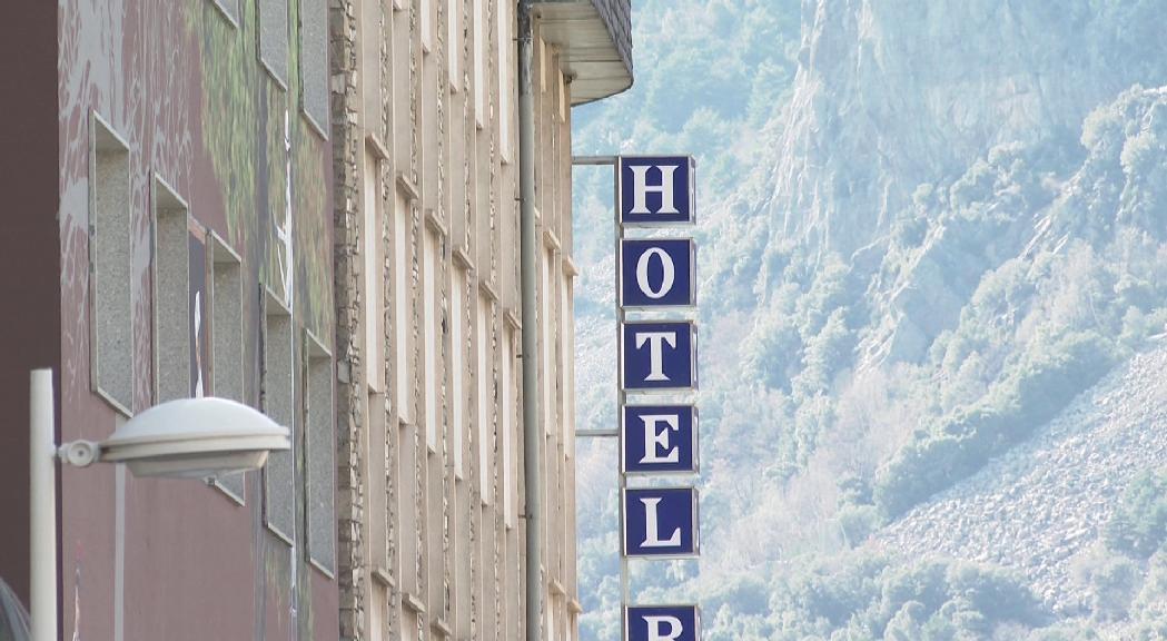 La Unió Hotelera preveu una ocupació molt baixa a l'estiu i una probable guerra de preus