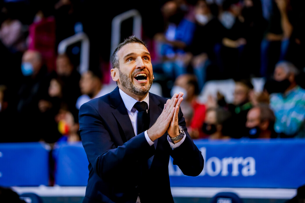 El València Basket surt viu de la Bombonera (75-76)