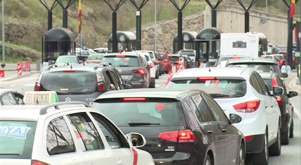 Els vehicles andorrans hauran de pagar 5 euros per saber si poden entrar a Barcelona sense restriccions