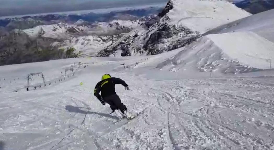 Verdú, de nou sobre els esquís a la glacera d'Stelvio