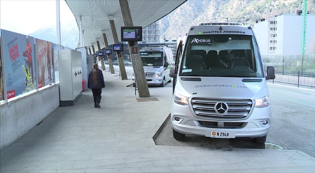 Els viatges amb autocar a Lleida queden suspesos per la situació sanitària al Segrià