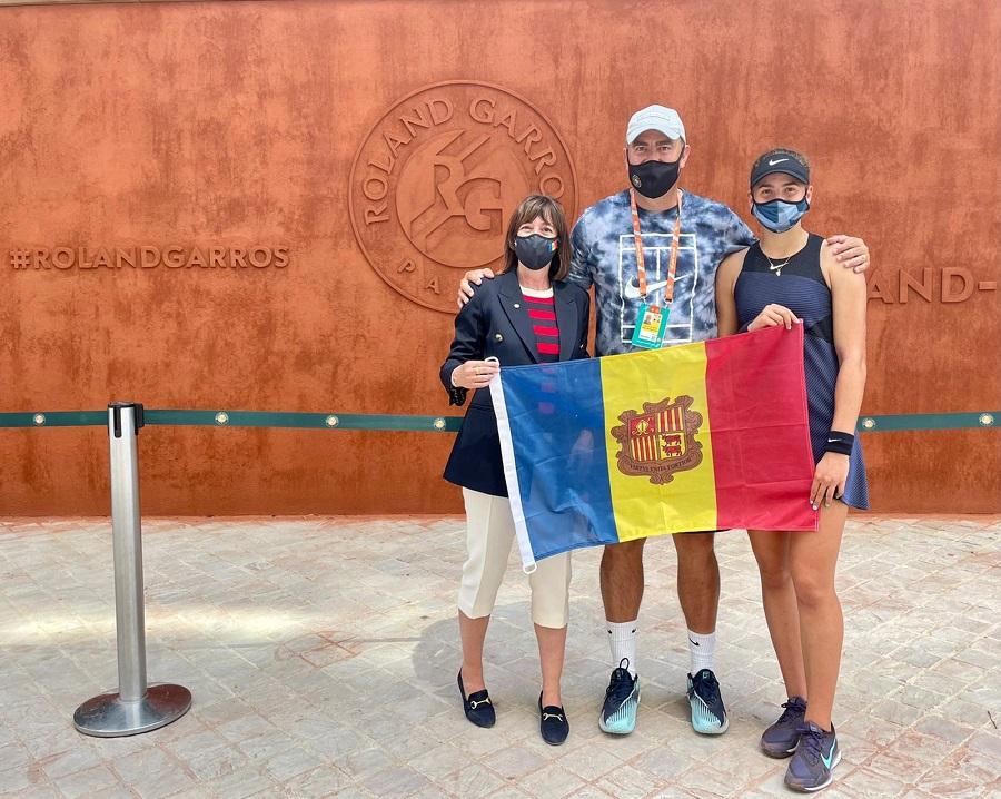 Vicky Jiménez debuta amb victòria al torneig de dobles júnior de Roland Garros