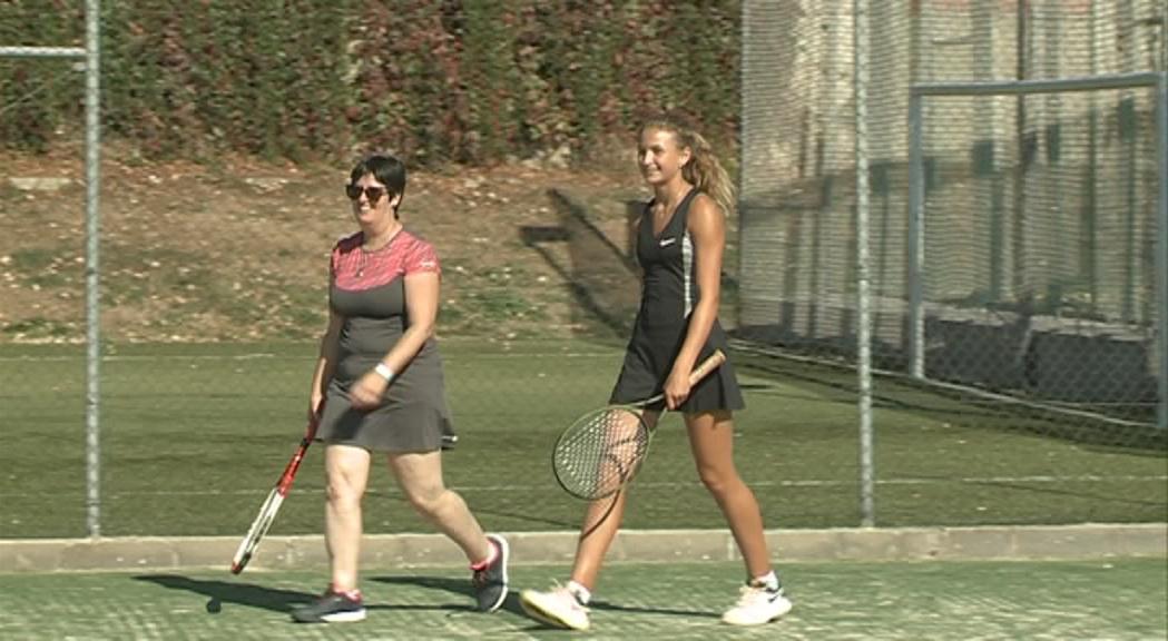 Vicky Jiménez participa en un Clínic de tennis als Jocs Special Olympics
