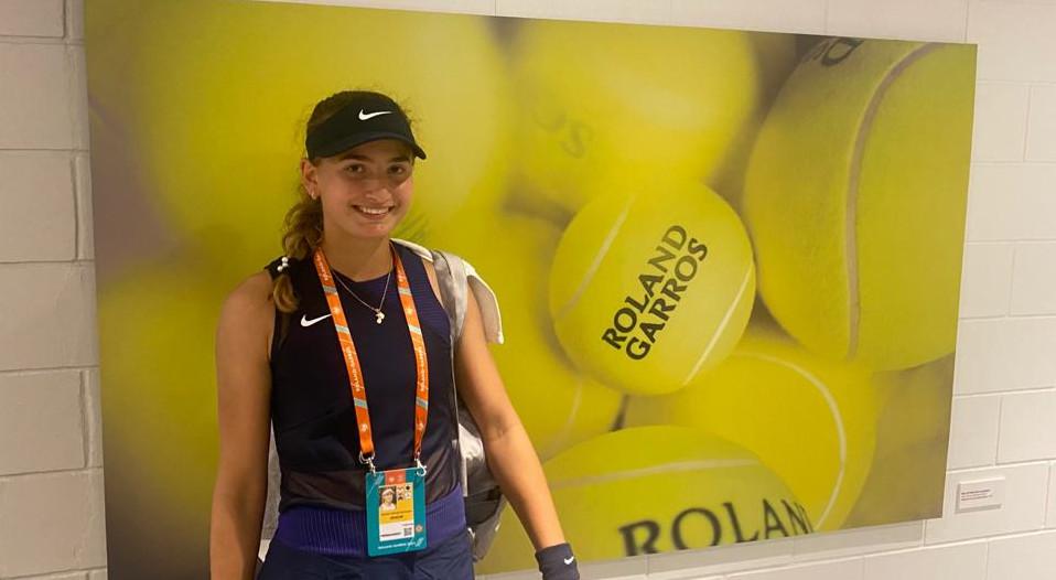 Vicky Jiménez supera amb autoritat la primera ronda al Roland Garros júnior