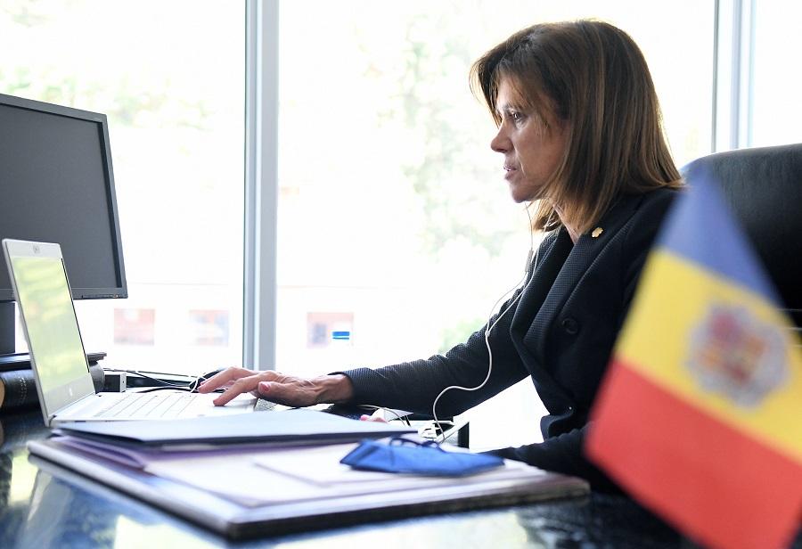 Vilarrubla destaca a la conferència mundial de la Unesco la feina per mantenir obertes les classes aquest curs