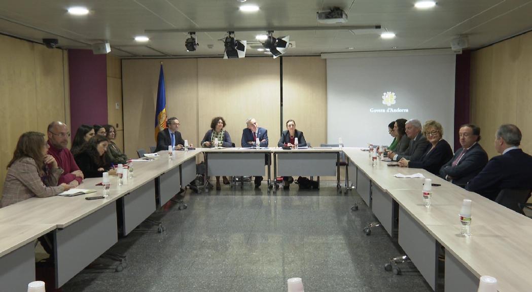 Visita de la nova delegació de la UE per a l'acord d'associació per copsar la realitat del país