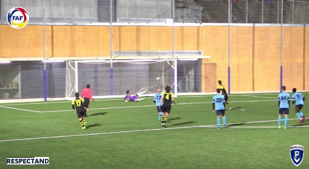 Els vuitens de final de la Copa Constitució es tanquen amb dues golejades dels equips colomencs