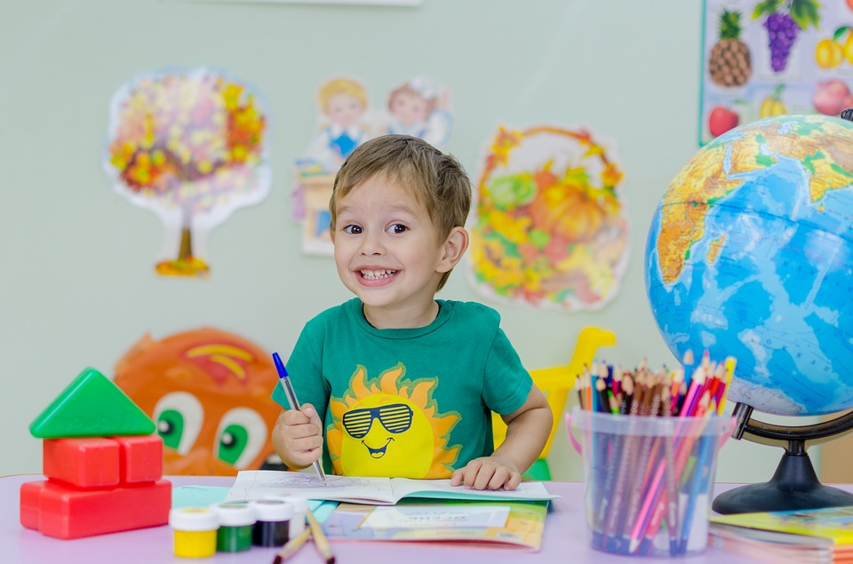 L'impacte positiu de l'anglès en la salut mental dels nens