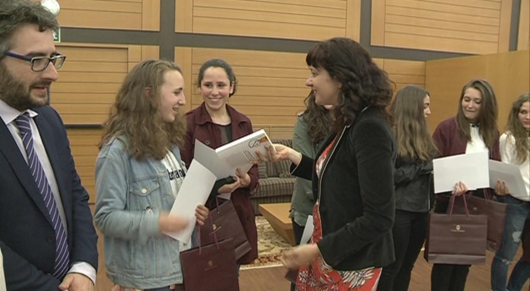 Els estudiants destaquen la connexió amb el protagonista del premi Carlemany 'Wolfgang (extraordinari)'