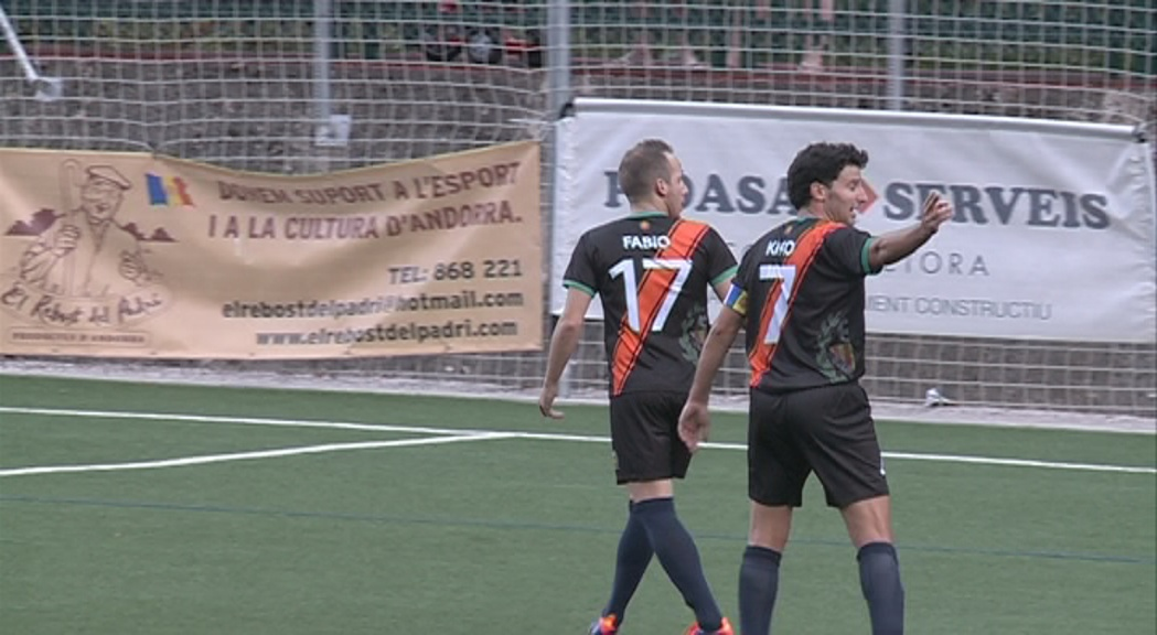 En futbol, el vigent campió de lliga i copa, el VallBanc S