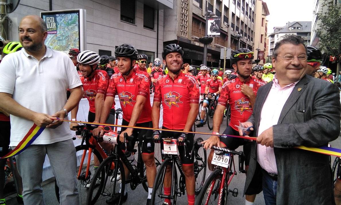 2.700 ciclistes omplen de vermell les carreteres del país amb La Purito