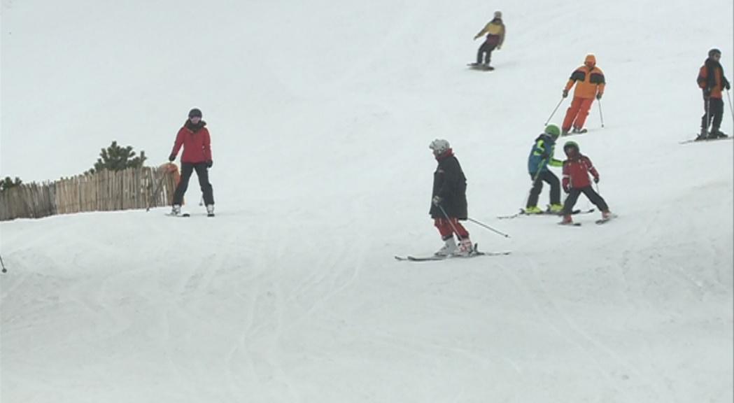 Els monitors d'esquí denuncien irregularitats en les noves condicions laborals