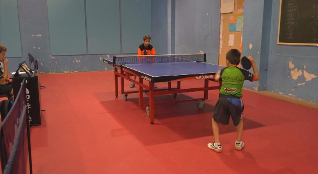 Oriol Martinez i Marta Ayma guanyen experiència a l'Open de Catalunya de tennis taula