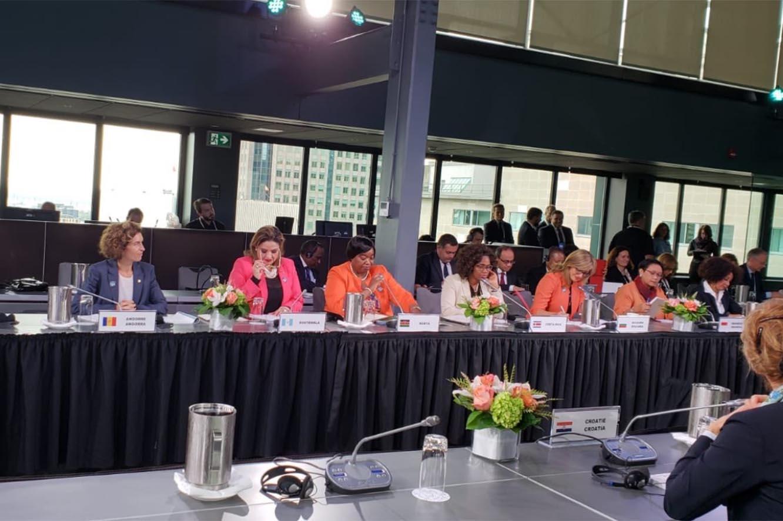Maria Ubach participa en la primera reunió de dones ministres d'Exteriors