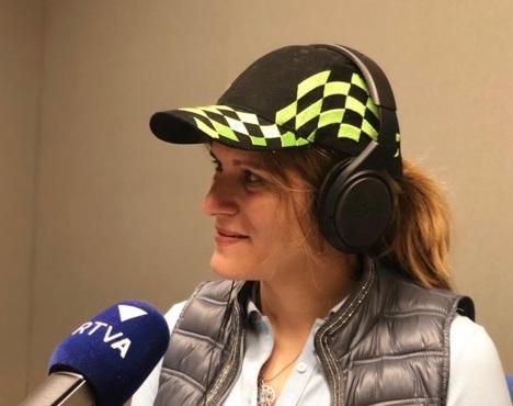 Elisabet Pérez, Camèlia Rusu i les curses de vehicles elèctrics