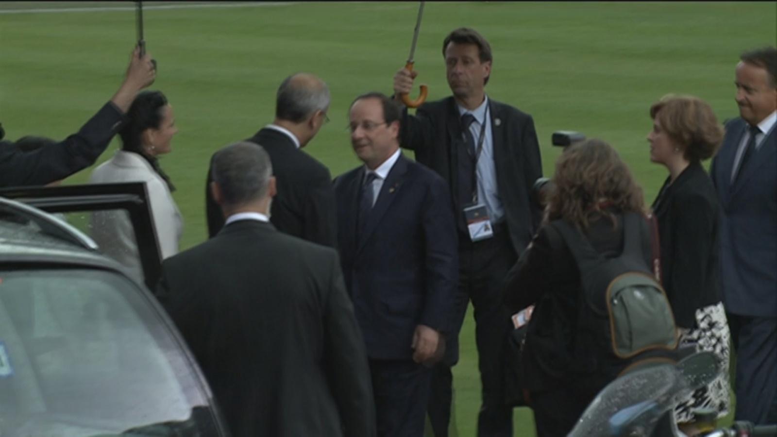 Així ha estat l'arribada en helicòpter de François Hollande