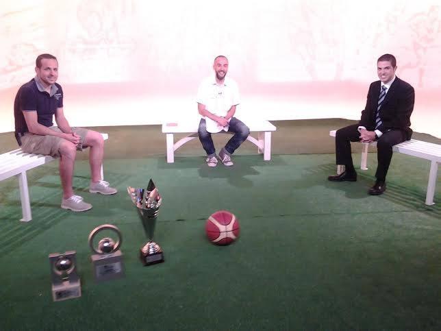 EL DIA E 1a part  - El River MoraBanc B, campió de copa i la UE Sant Julià de Futbol sala
