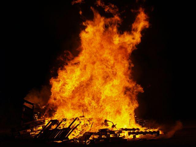 De revetlla i de foc purificador