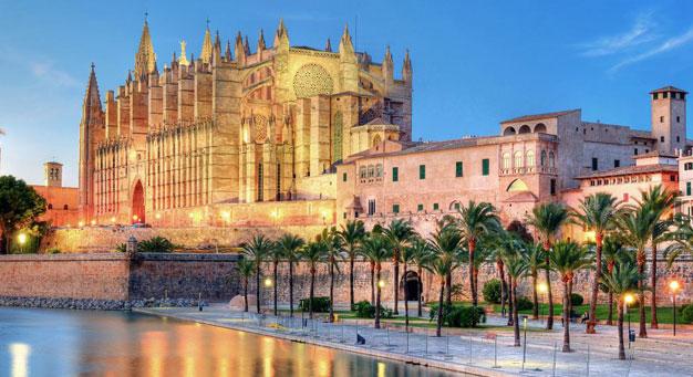 Truquem a la conselleria d'Educació de les Illes Balears