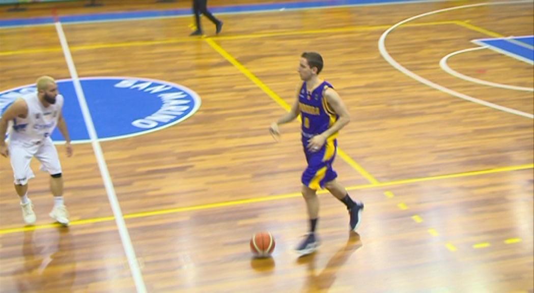 La selecció de bàsquet es jugarà el bronze contra Luxemburg després de perdre contra Xipre (76-65)