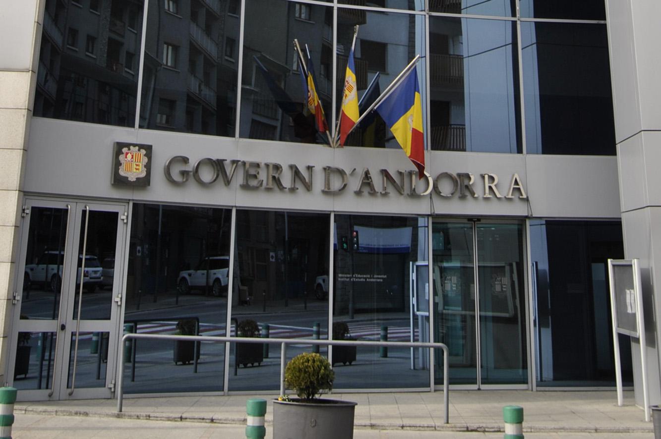 Truquem al ministeri d'Educació d'Andorra