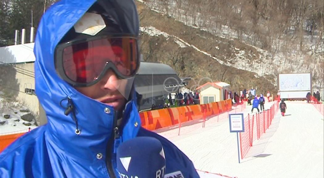 El fred i el vent dificulten l'entrenament de Mireia Gutiérrez i la resta d'esquiadors alpins
