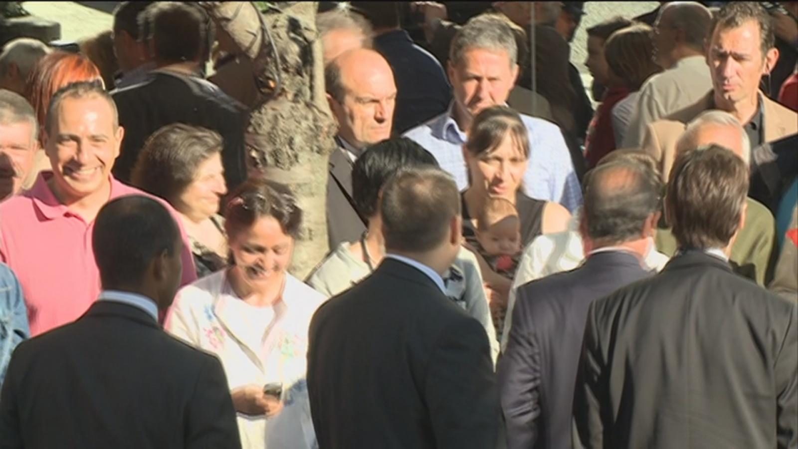 Hollande visita Sant Julià de Lòria