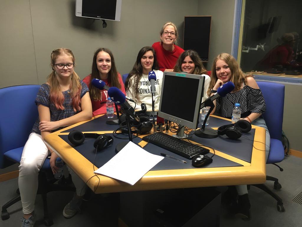 Les adolescents parlen de feminisme i diferències de gènere
