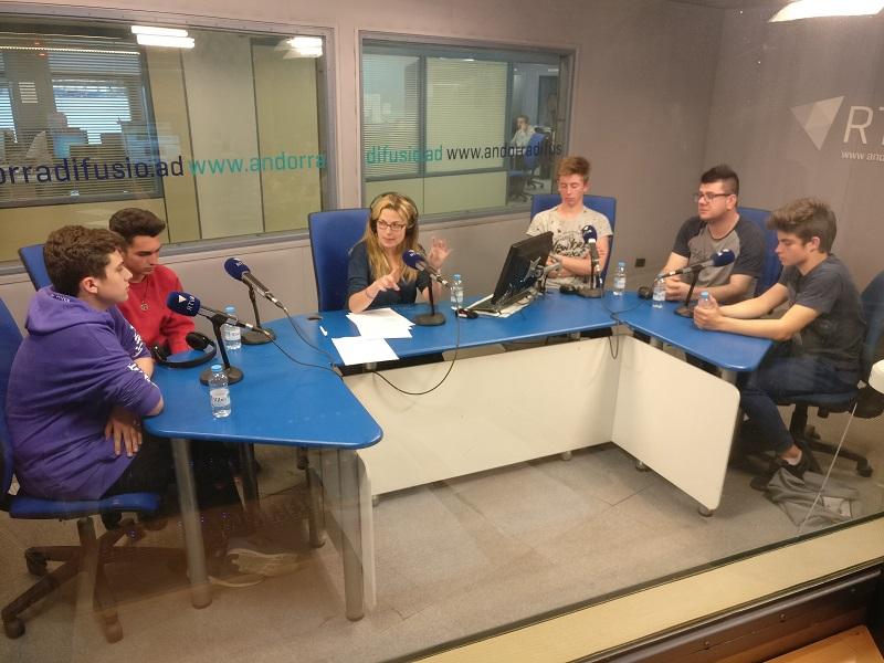 Els Joves parlen del consum de droga i alcohol