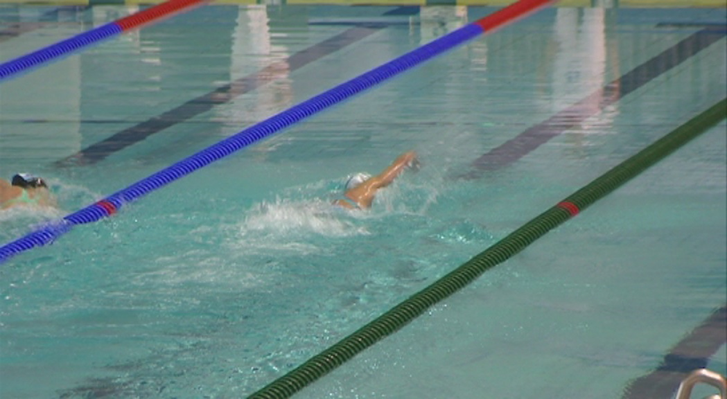 La natació busca avui la darrera opció de medalla