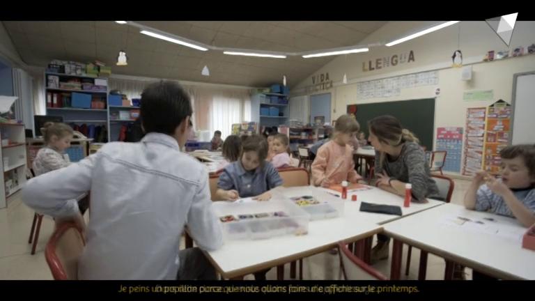 Som democràtics: L'aprenentatge de les llengües