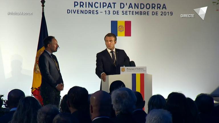 Especial ATV - Macron finalitza el viatge amb un discurs a la plaça del Poble