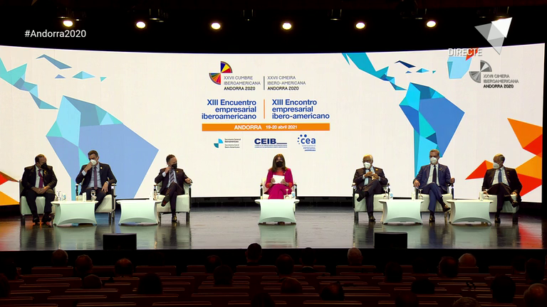 Trobada Empresarial Iberoamericana: diàleg dels caps d'Estat i de Govern i clausura