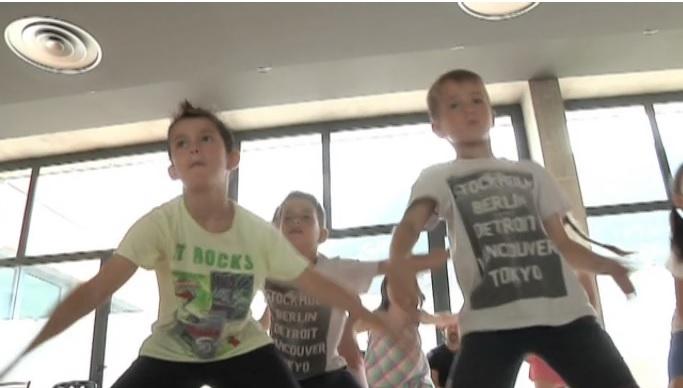 Xic & Dans - Diferents professionals aconsellen els alumnes abans de les gales